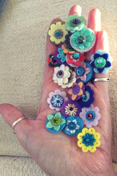 handfulOfEyesByMixy_6476